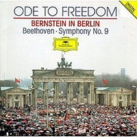 Обложка альбома «Ode To Freedom. Bernstein In Berlin. Beethoven. Symphony No. 9» (Bernstein, 2006)