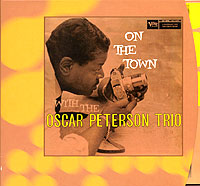 Обложка альбома «On The Town» (Oscar Peterson Trio, 2001)