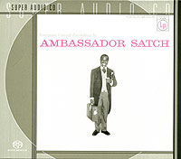 Обложка альбома «And His All Stars. Ambassador Satсh» (Louis Armstrong, 2000)